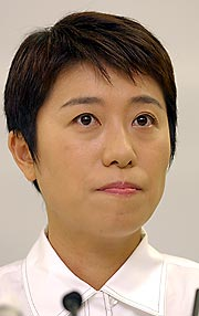 辻元清美氏が出馬正式表明 1年5...