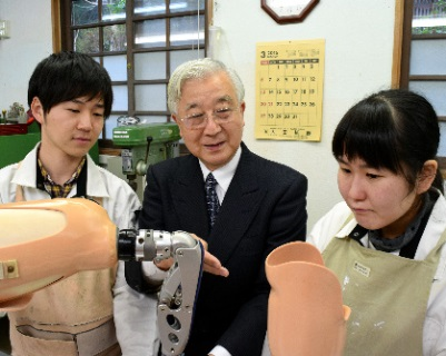 朝日新聞デジタル:義肢装具の世...