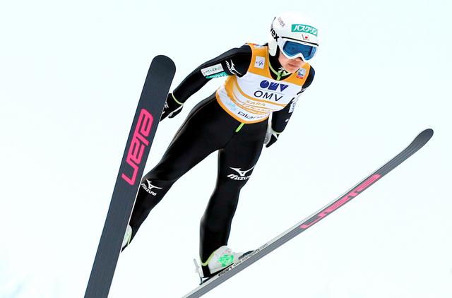 「スキージャンプ女子無料写真」の画像検索結果