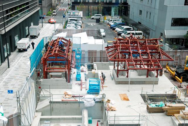 福徳神社の建設現場=東京都中央区日本橋室町2丁目