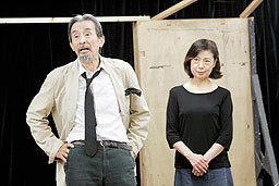 asahi.com:劇団昴「うつろわぬ...