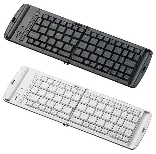 画像1:エレコムのiPhone、iPad用キーボード「TK—FBP028E」(実勢価格9000円<税込み>)。白(WH)と黒(BK)の2色がある。キー配列は英語。単4乾電池2本で動作