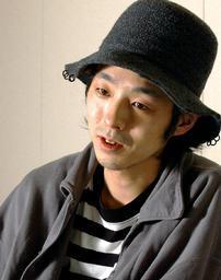 asahi.com:脚本家・俳優宮藤官...
