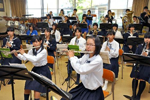 ホーム - 金沢中学校