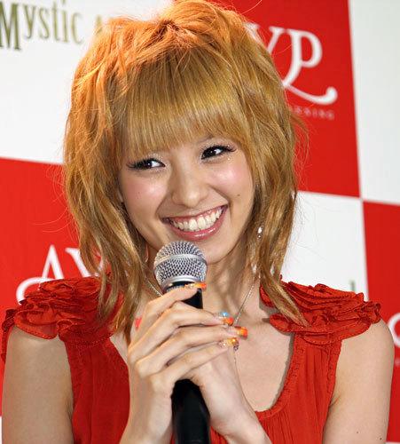 髪型 アッキーナ 髪型 : asahi.com