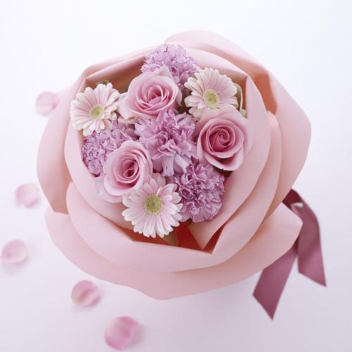 優しさ溢れる花束