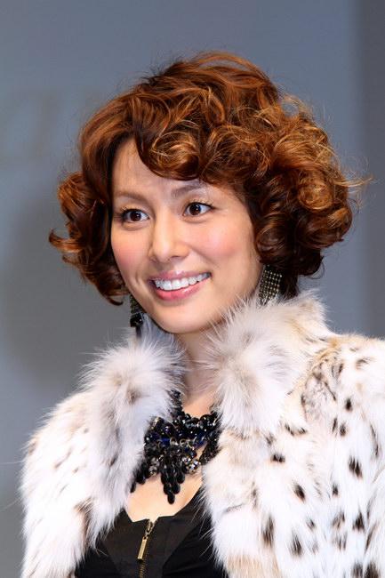 米倉涼子のパーマ