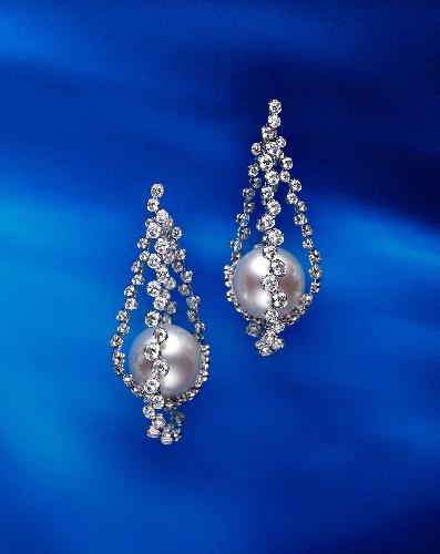 777590ca077a1e 朝日新聞デジタル:「真珠の耳飾りの少女」のピアスを特別展示 ミキモト ...