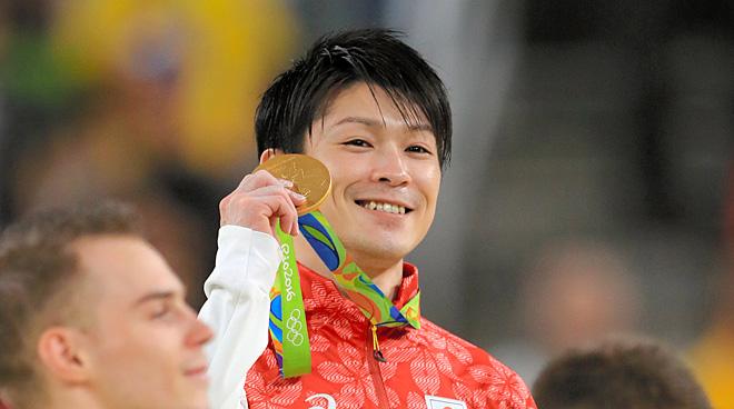 内村航平、団体に続き個人総合でも金メダル