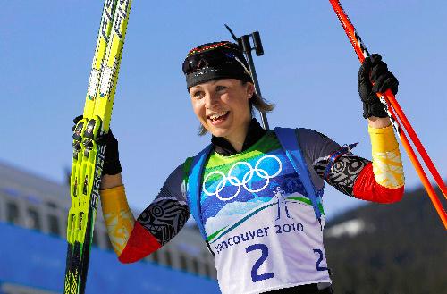 写真:バイアスロン女子12.5キロで優勝したノイナー(ドイツ)=ロイター