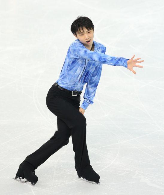 フィギュア、日本男子〈SP〉男子SPで首位に立った羽生結弦
