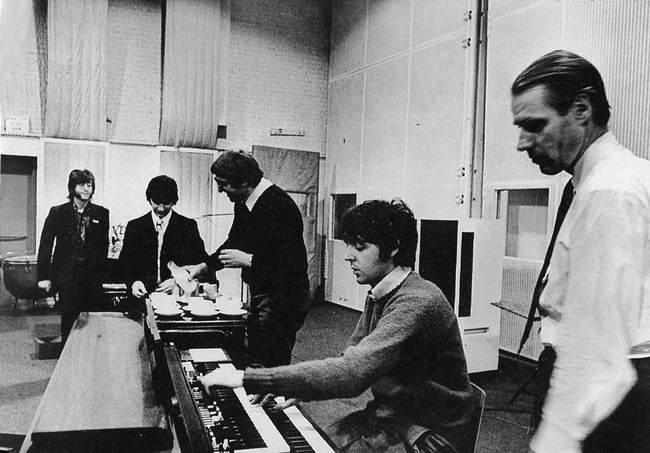 朝日新聞デジタル:1968年、「Across The Universe」のキーボード ...
