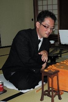 作戦ぴたりアマ快進撃 朝日杯将棋10年ぶりプロに5勝