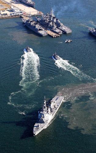 イージス艦3隻が佐世保・舞鶴出港 北朝鮮ミサイル対応