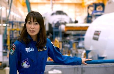 直子 山崎 山崎直子 (宇宙飛行士)