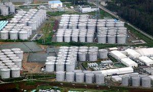 放射能汚染水が漏れているのが見つかった福島第一原発の汚染水保管タンク=20日、福島県大熊町、朝日新聞社機から、河合博司撮影