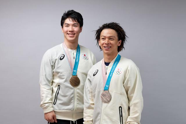 日本大学入学式 スノボ平野、モーグル原ら登壇