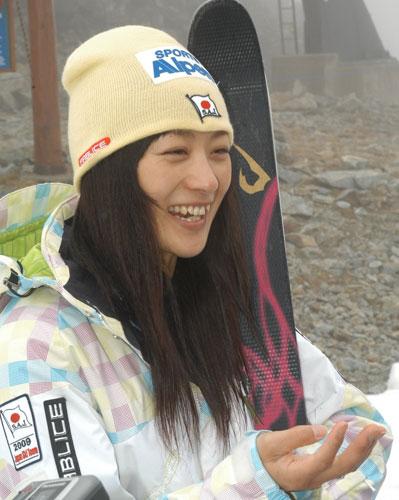 asahi.com(朝日新聞社):注目から逃れ、心に癒やし モーグル・上村 ...