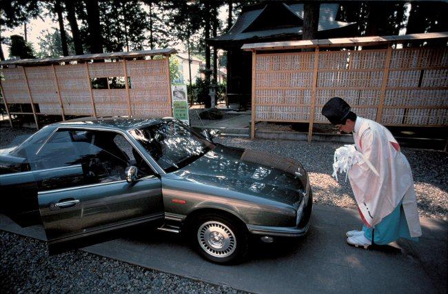 朝日新聞デジタル:自家用車の「おはらい」 1991年11月号 (C)KAREN ...
