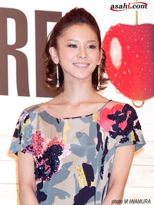 宝塚元娘役トップの陽月華、初舞台でV6三宅健と共演
