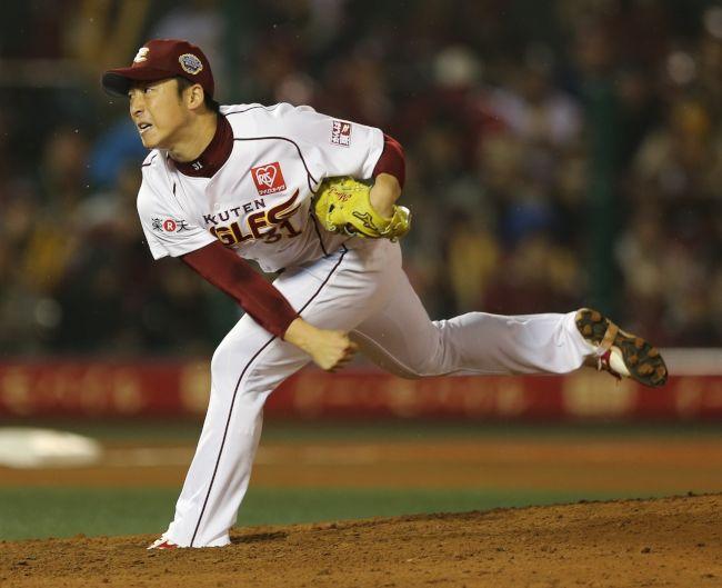 朝日新聞デジタル:4回表巨人2死一塁、ロペスを内野ゴロに打ち取る ...